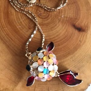 💕NWT BJ Hollow Fish pendant gold Necklace 💕